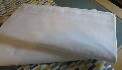 """Pair of Lovely Vintage Crisp Scottish Sheets by """"Finlays"""" 100"""" x 70"""" circa 1950s"""
