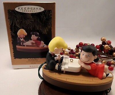 Hallmark Ornament 1996 Peanuts Gang Schroeder and Lucy MAGIC Piano