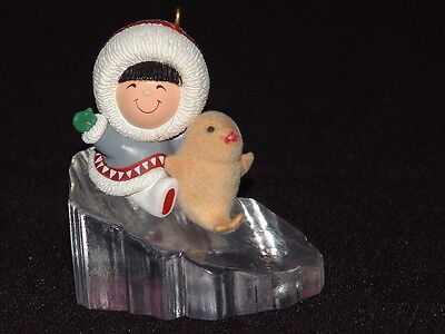 1990 Hallmark FROSTY FRIENDS Christmas Ornament 11th in series