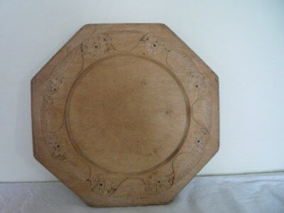 Victorian Octagonal Well Carved Leaves Flowers Wooden Bread Board Kitchenalia