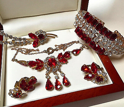 Vintage Beautiful Sparkling Red/clear Rhinestone Necklace/bangle/earrings/brooch