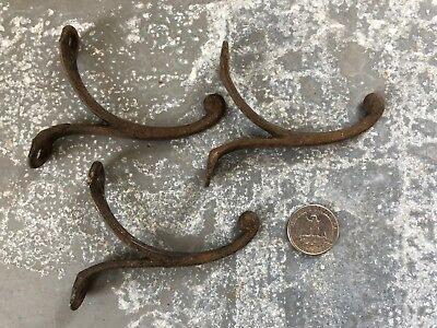 Lot of 3 matching Vintage cast iron single tipped coat hooks old