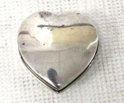 Vintage 925 STERLING SILVER Small Heart Shaped Trinket Box  - C60