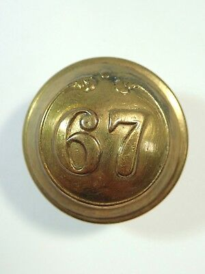 67th (South Hampshire) Foot original Large Victorian o/r's Button.