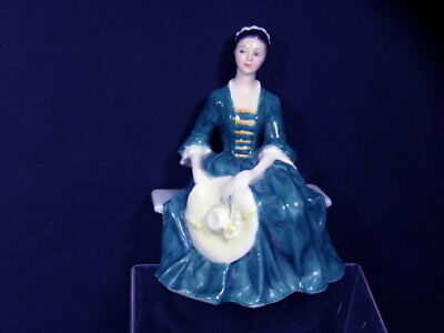 Vintage H/p Royal Doulton Figurine A Lady From Williamsburg Hn2228 Ca 1959 L235