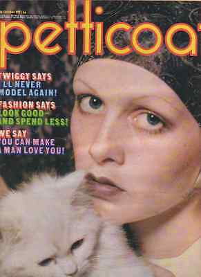 Petticoat magazine 16th October 1971. Twiggy cover and feature