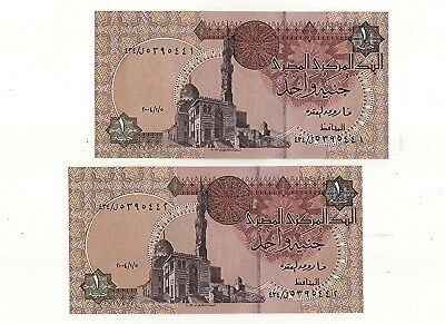 2 X  Egyptian 1 Pound Banknotes Consecutive Unc 2004