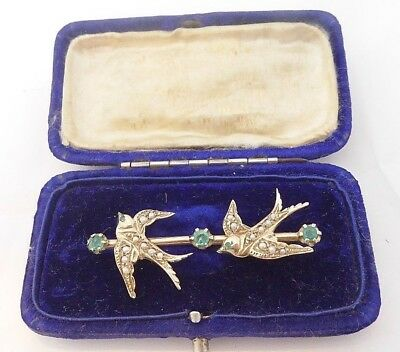 9ct/9k gold Emerald & seed Pearl bird brooch, boxed, 375