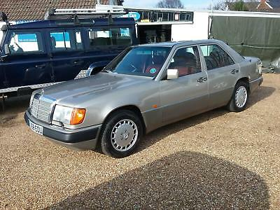 Mercedes-Benz 300E Automatic 4 door saloon 1991.PRICE REDUCED.