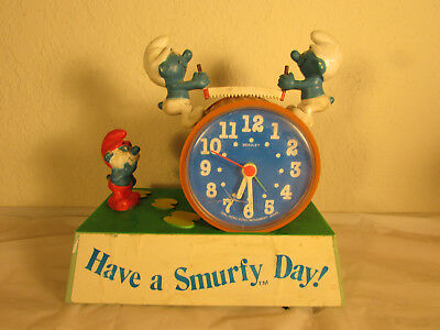 1982 PEYO Have a Smurfy Day Smurf Bradley Alarm Clock Untested cracked front ...