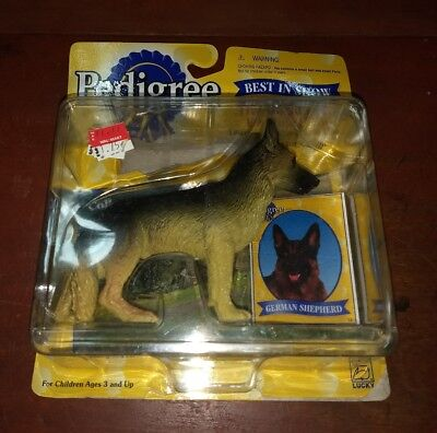 1998 Pedigree Best in Show German Shepherd toy dog figure collectible great kids