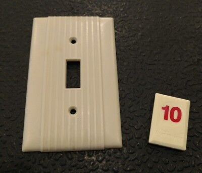 1 Vintage Bakelite Ivory Ribbed Deco Bryant Single Light Switch Plate Cover R10