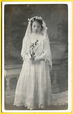 Edwardian era Postcard - Very sweet little girl dressed for her First Communion.