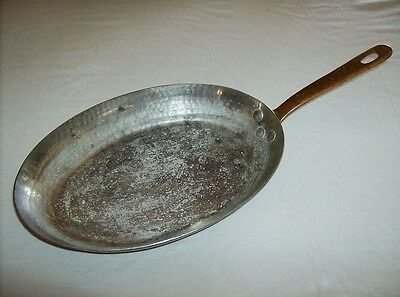 Antique vintage early 1900s French hammered copper tinned cooking pan skillet