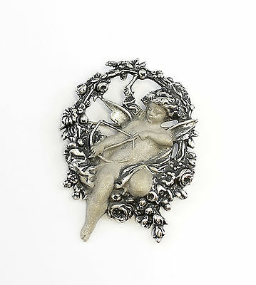 a1-01245 925 Silver Large Brooch with Amor