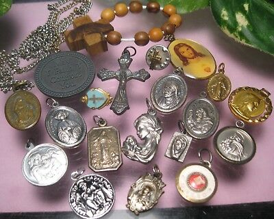 Vintage Antique RELIGIOUS HOLY MEDALS LOT Relic Italy France Some are Old ones