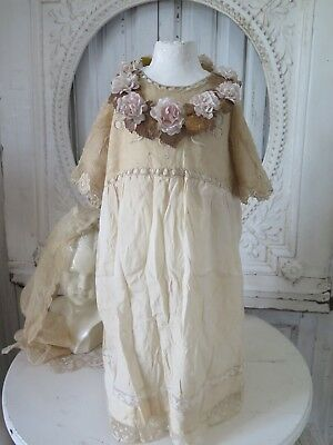FRANKREICH 1900 CHILDRENS Dress silk Tulle Tea cream KINDERKLEID Embroidery