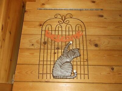 """Cat """"welcome"""" Wall Hanging"""