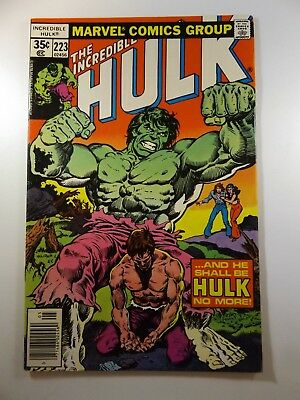 """The Incredible Hulk #223 """"Curing of Dr. Banner!"""" Beautiful VF- Condition!!"""
