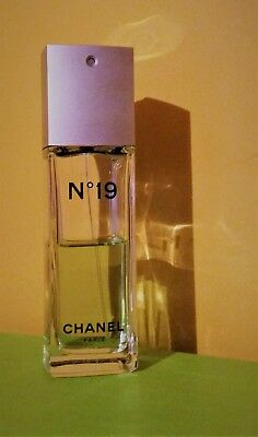 Parfum CHANEL n° 19  Eau de Toilette 55/100 ml