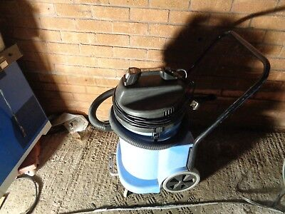 * Numatic Wv900-2 Vacuum Cleaner Industrial Wet Dry Site Dust Extract