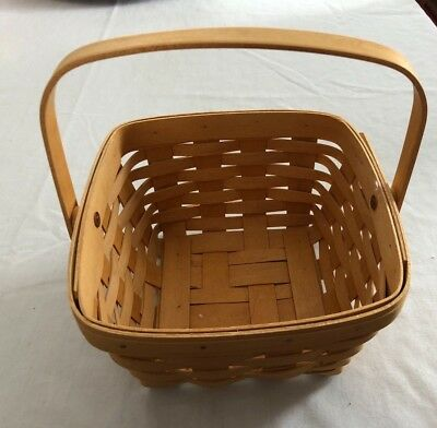 "NEW Longaberger Berry Basket Square 8 3/4""  5"" H 1999 signed Swing handle"