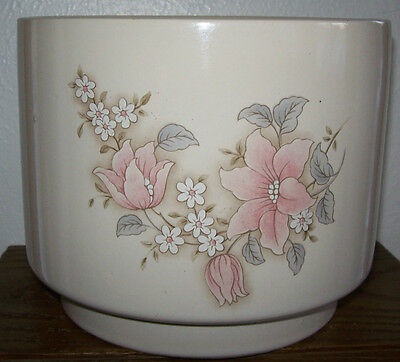 """Vintage Large Jardiniere Flower Pot Planter MADE IN USA Floral Pattern 6"""" tall"""
