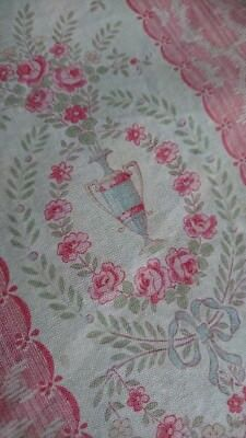 SUBLIME MORCEAU ANTIQUE FRENCH PRINTED COTTON c1880 ROSE GARLANDS & RIBBONS