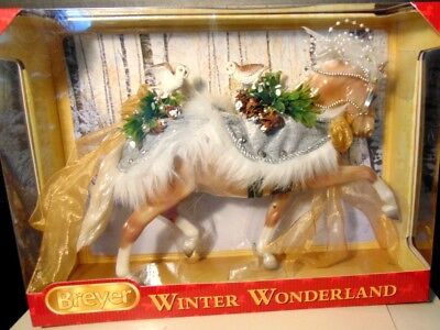 Breyer 2017 Christmas Holiday Winter Wonderland - Golden Palomino - NIB