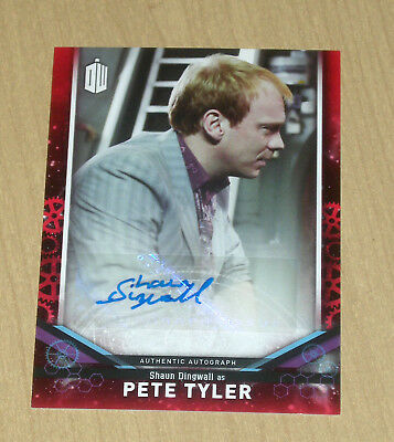 2018 Topps Doctor Who signature series RED AUTOGRAPH Shaun Dingwall PETE 4/5