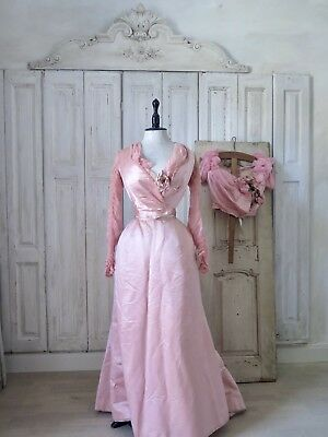 PARIS 1890 Antique Victorian Evening GOWN Boudoir dress SILK  Bodice french