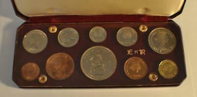 ERII Crowned Queen 2nd June 1953 United Kingdom 10 Coin Proof Set with Box