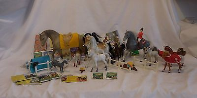 Grand Champion Model 10 Horses With White Fence + Accessories + Rider