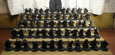 WARRIORS OF ROHAN - Lord Of The Rings 60 Plastic Figure(s)