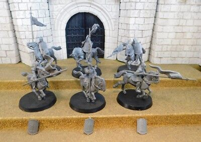 MINAS TIRITH KNIGHTS - Lord Of The Rings 6 Plastic Figure(s)