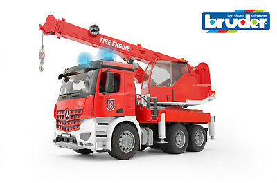 BRUDER 03675 MB Arocs Feuerwehr Kran 1:16 mit Light and Sound Modul
