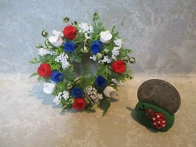 """Miniature Doll/dollhouse/roombox 2"""" red/white/blue polymer rose Wreath"""