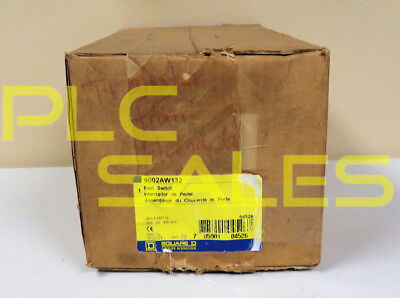SQUARE D 9002AW132  |  Heavy Duty Foot Switch  *NIBFS*