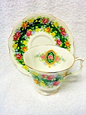 Royal Albert  Garland Series Exquisite Green Band Cup And Saucer