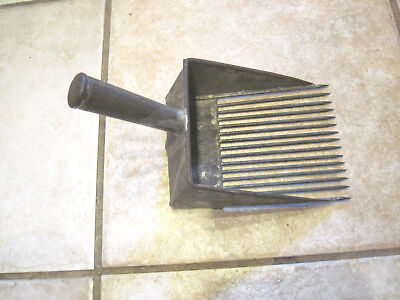 Blueberry Rake Vintage Rake from maine  verry hard to fine in this size  ( rare)