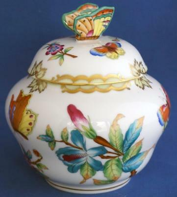 Herend Queen Victoria Pattern Porcelain Lidded Vase With Butterfly Finial