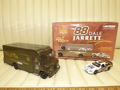 88 Dale Jarrett Nascar Car and UPS Truck Set Exclusive Action Collectibles w/box
