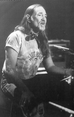 """WILLIE NELSON clipping """"Stop Skateboard Harassment"""" T shirt B&W photo 1980s"""