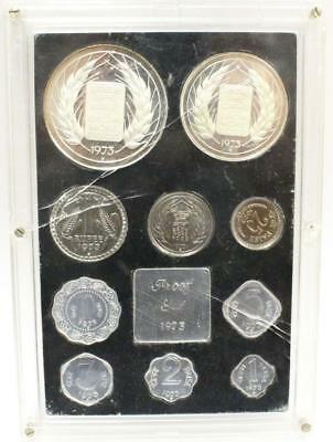 India republic 1973 proof coin set 10 coins and medal cracked damaged case