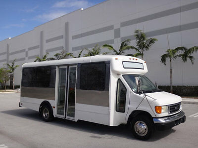 Ford Econoline Commercial Cutaway Shuttle Bus 2006 Ford E450 Shuttle Bus 13 Passenger 6.8L V10 Party Limo RV Cutaway Transport
