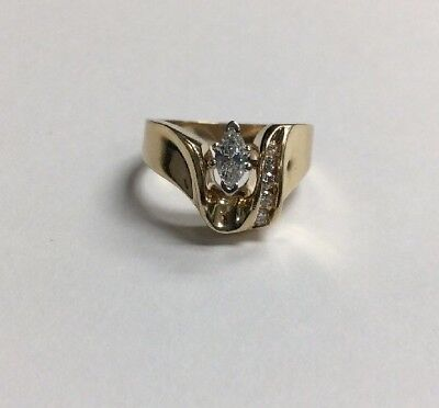 Ladies 14KT Yellow Gold Diamond Marquise Ring .35CTTW