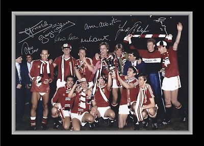 Collectors/Photograph/Print/7 x 5 Photo/Manchester United 1985 FA Cup Winners 1