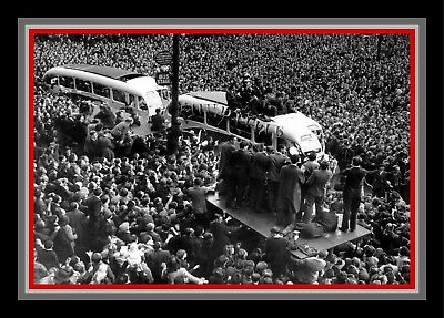 Collectors/Photograph/Print/7 x 5 Photo/Manchester United 1948 FA Cup Homecoming