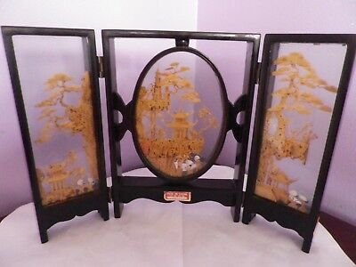 Fab Vintage Chinese Cork Carving Hinged Screen 31 Cms Long 21.5 Cms Tall