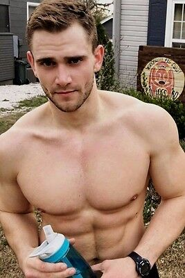 Shirtless Male Muscular Beefcake Hunk Ripped Abs V Line PHOTO PINUP 4X6 C1502